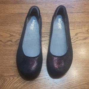 Women's NWOT Alegria shoes 10.5 $40.00 # 1203